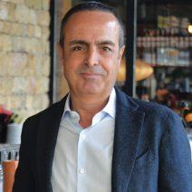 Ayhan Çarıkçılar